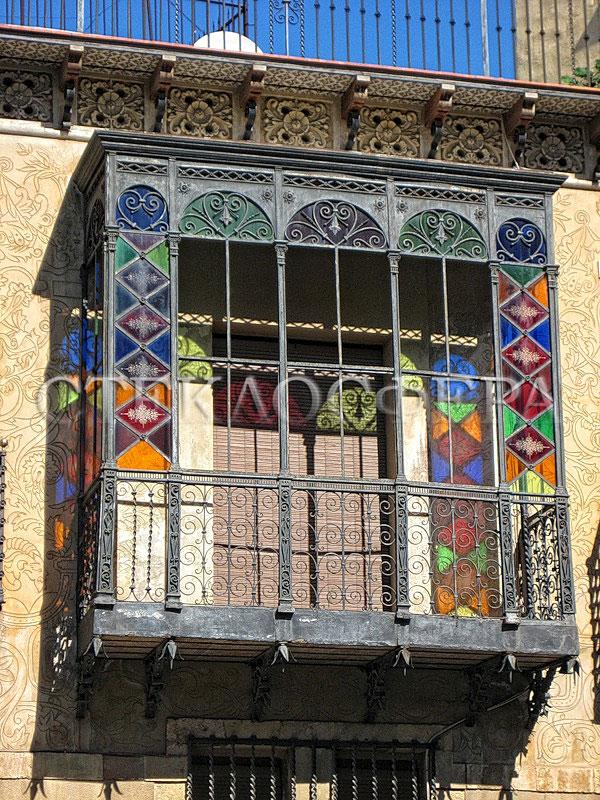 Витражи на балконе - история и современность.