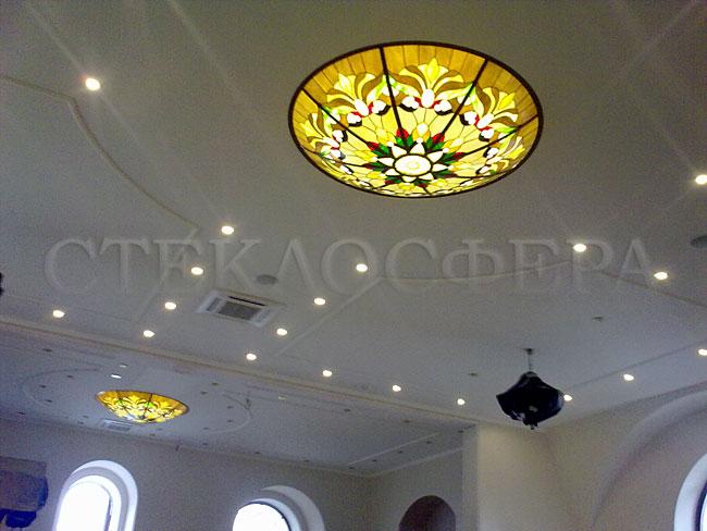 Витражные потолки, витражи на потолок (потолочные витражи). Потолочные витражные светильники