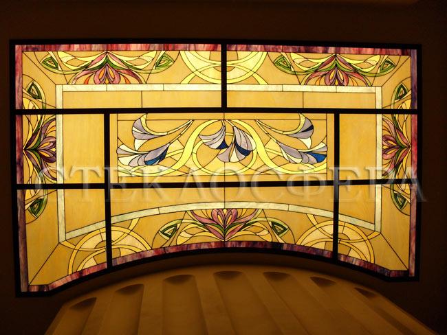 Витражные потолки, витражи на потолок (потолочные витражи). Витражный потолок с цветочным рисунком