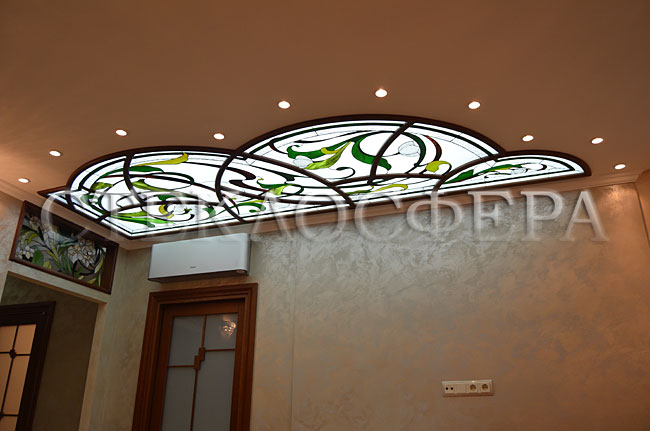 Витражные потолки, витражи на потолок (потолочные витражи). Витражный потолок «Облако в цветах»