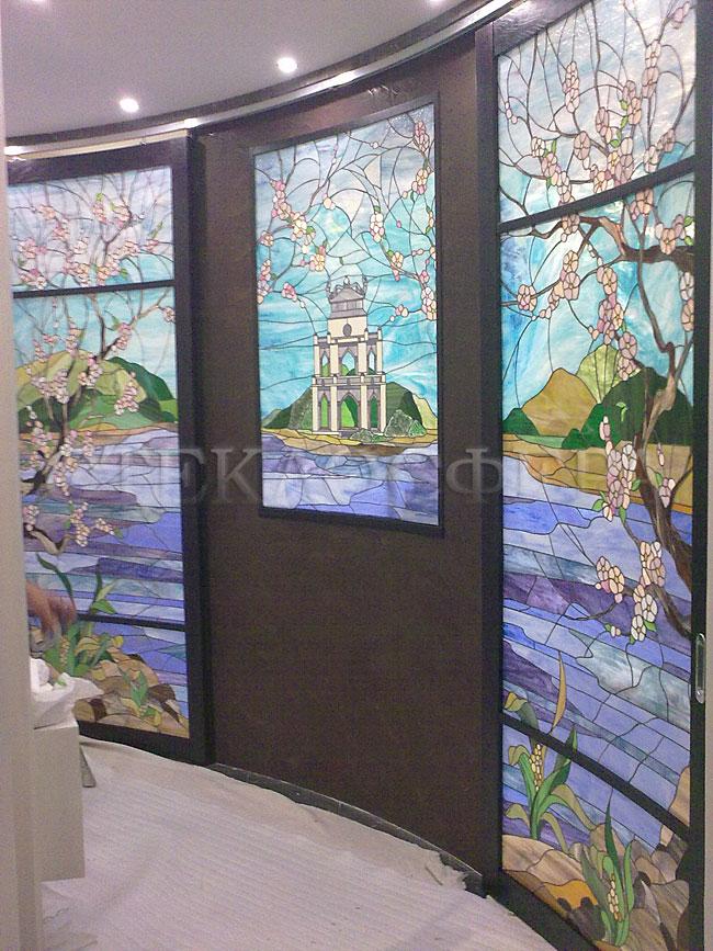 Стеклянные двери (с витражами), витражи для дверей на заказ в Москве. Сдвижные витражные двери