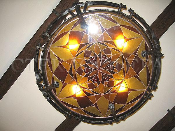 Встраиваемые светильники, витражи светильники. Светильник с витражной вставкой