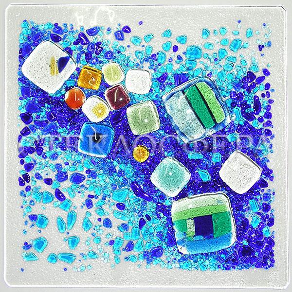 Сувениры и изделия из художественного стекла, производство эксклюзивных стеклянных сувениров. Витражная вставка «Россыпи», технология фьюзинг