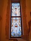 4-44 Витражное окно с симметричным рисунком - Витражи на окна. Купить витражные окна в Москве
