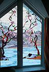 4-11 Клиновидное окно - витражное стекло «Цветение сакуры» - Витражи на окна. Купить витражные окна в Москве